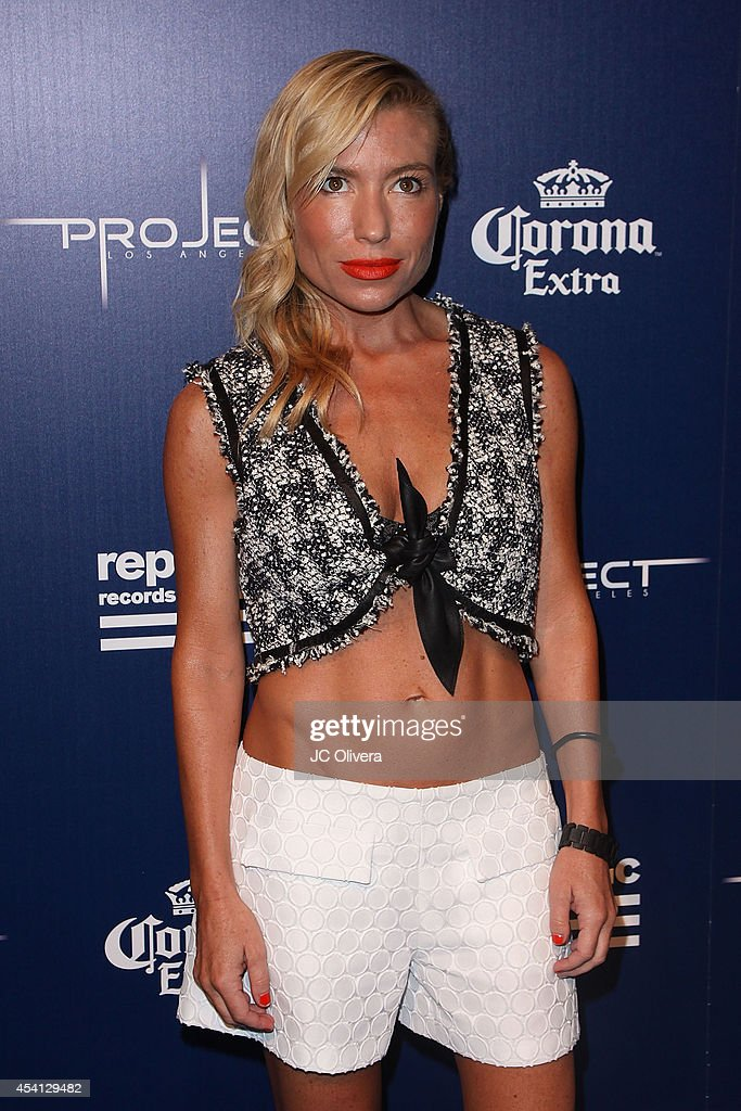 <a gi-track='captionPersonalityLinkClicked' href=/galleries/search?phrase=Tracy+Anderson&family=editorial&specificpeople=2525428 ng-click='$event.stopPropagation()'>Tracy Anderson</a> attends Republic Records Official VMA After Party Red Carpet at Project La on August 24, 2014 in Los Angeles, California.