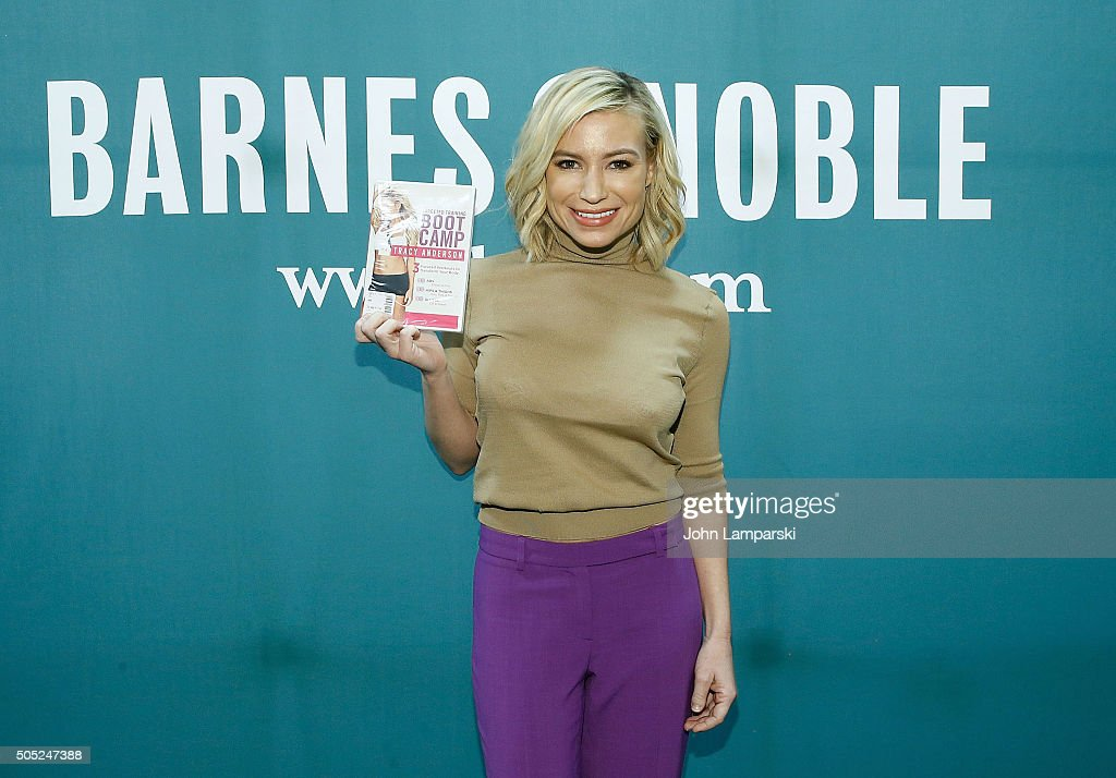 Tracy Anderson signs copies of 'Tracy Anderson Targeted Training Boot Camp' at Barnes Noble Union Square on January 16 2016 in New York City
