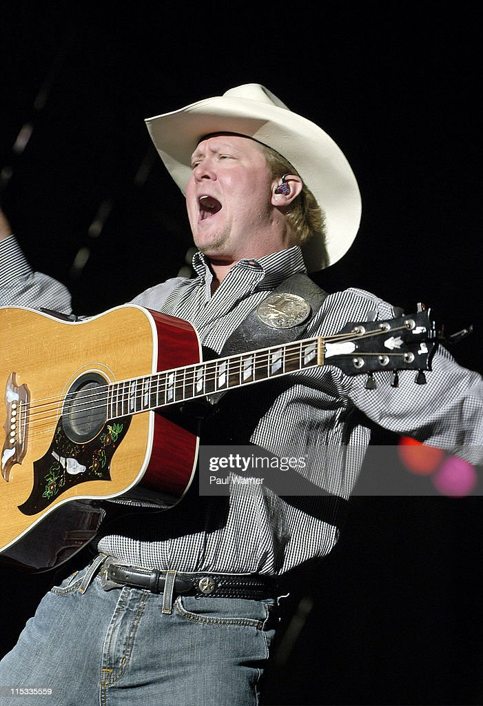 <a gi-track='captionPersonalityLinkClicked' href=/galleries/search?phrase=Tracy+Lawrence&family=editorial&specificpeople=217325 ng-click='$event.stopPropagation()'>Tracy Lawrence</a> during 25th Annual Downtown Hoedown Sponsored by Country 99.5 WYCD - Day 1 at Hart Plaza in Detroit, Michigan, United States.