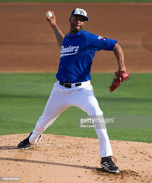 Tracy McGrady of the Sugar Land Skeeters of the Atlantic League makes his pitching debut against the Somerset Patriots at Constellation Field on May...