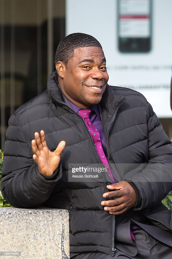 <a gi-track='captionPersonalityLinkClicked' href=/galleries/search?phrase=Tracy+Morgan&family=editorial&specificpeople=182428 ng-click='$event.stopPropagation()'>Tracy Morgan</a> seen on location in Queens while filming his new FX comedy series 'Death Pact' on October 25, 2013 in New York City.