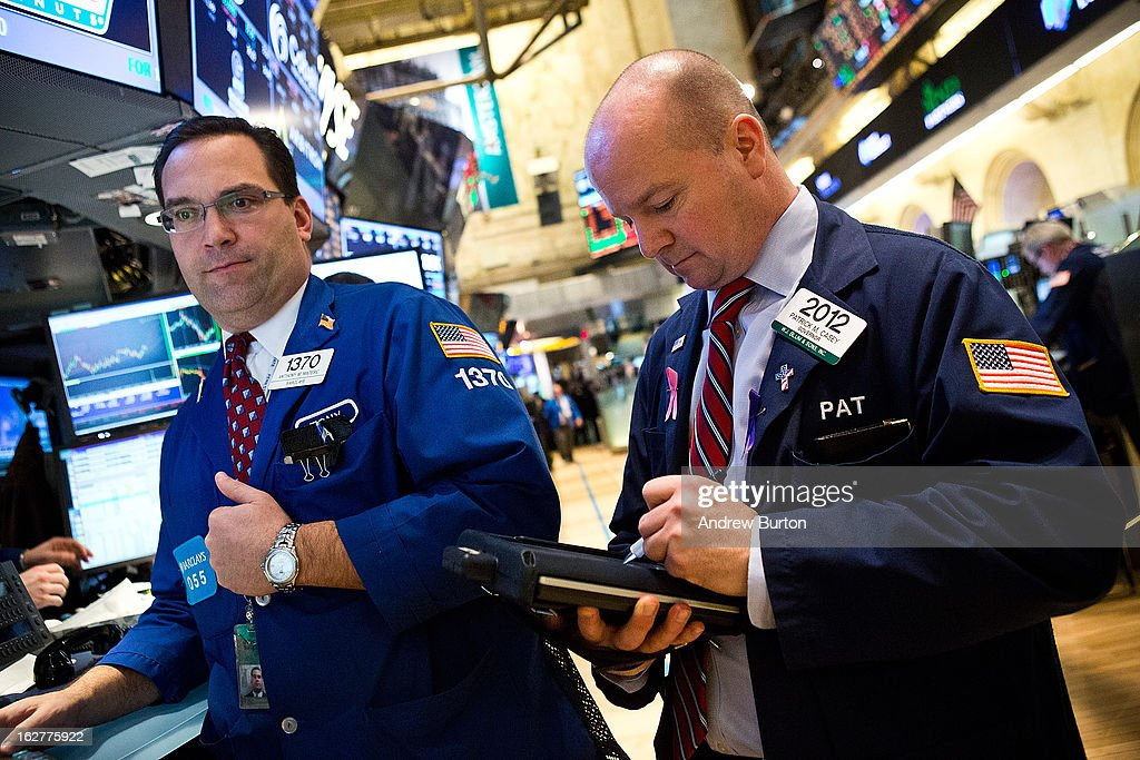 Traders work on the floor of the New York Stock Exchange on February 26, 2013 in New York City. The markets rose today, as the Federal Reserve announced stimulus efforts would continue.