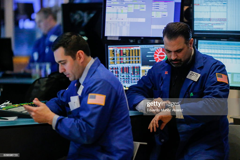 Traders work on the floor of the New York Stock Exchange (NYSE) on February 11, 2016 in New York City. Stocks were down for the fifth day in a row, buffeted in part by falling oil prices.