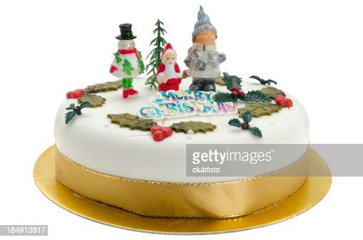 伝統的な装飾を施したクリスマスケーキ