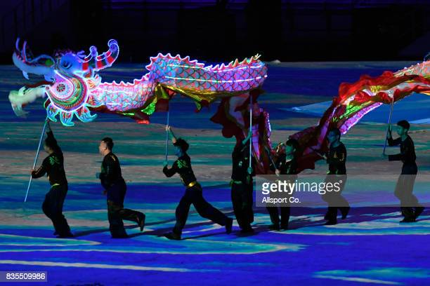 Traditional Dragon Dancers perform during the opening ceremony at the Bukit Jalil National Stadium as part of the 2017 SEA Games on August 19 2017 in...