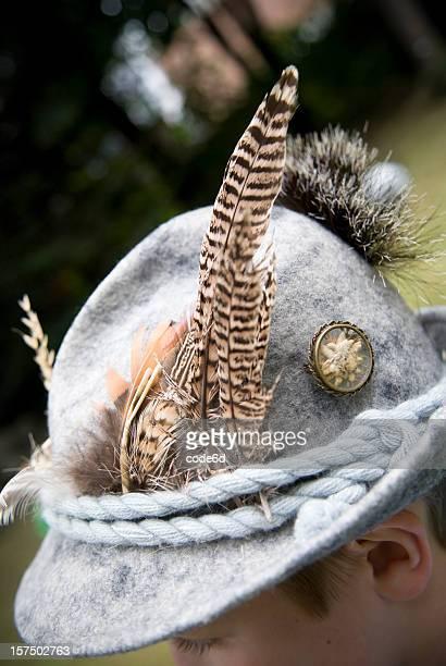 Traditionelle deutsche hunter's Filz Hut, Edelweiss und Federkissen