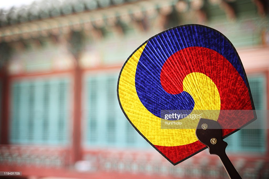 traditional image of Korea,traditional fan