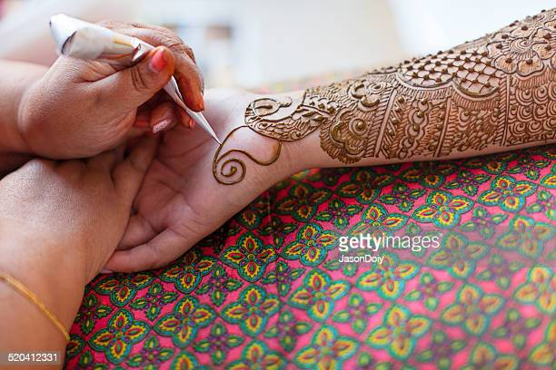 Traditional Mehndi Tattoo for a Indian Bridal Celebration
