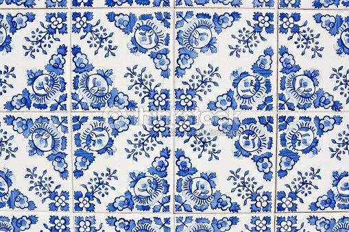 Azulejos tradicional portuguesa foto de stock thinkstock for Casa dos azulejos lisboa