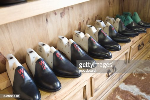 Traditional shoemaker workshop : Stock-Foto