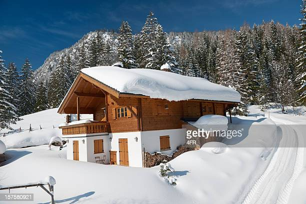 Traditionnel de chalet de ski (XXXL