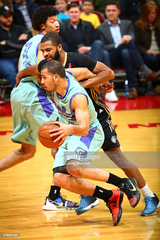 Traevon Jackson of the Iowa Energy dribbles around Aaron Harrison of the Erie BayHawks in an NBA DLeague game on April 2 2016 at the Wells Fargo...