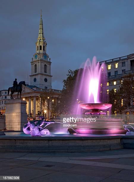 Trafalgar Square au crépuscule, Londres