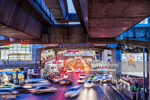 Traffic and the BTS Skytrain near Siam Square