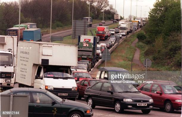 Traffic buildsup on the A41 as motorists wait for the M25 and M1 at Hemel Hempstead Herts to reopen this morning following a series of security...