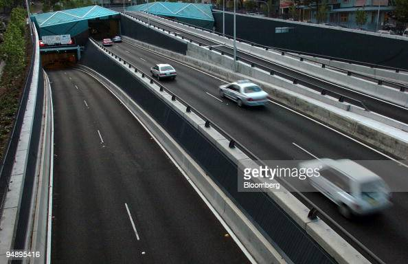 sydney's cross city tunnel Westlink m7 is a 40km road in western sydney that links the hills m2, m4 and m5  south  cross city tunnel  it was sydney's first distance-based toll road.