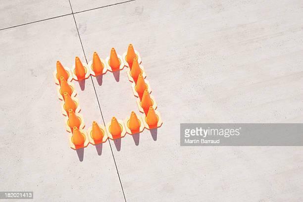 cones de trânsito na Praça de formação