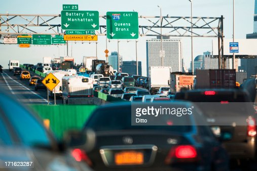 ?traffic congestion in new york city essay Traffic congestion cause and effect essay  vishal misra dept of computer science columbia university in the city of new york overview traffic modeling tcp.
