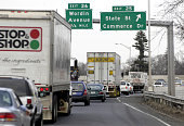 Traffic is seen on I95 heading north in Bridgeport Connecticut March 26 2004 A stretch of Interstate 95 in Connecticut used by as many as 40000...