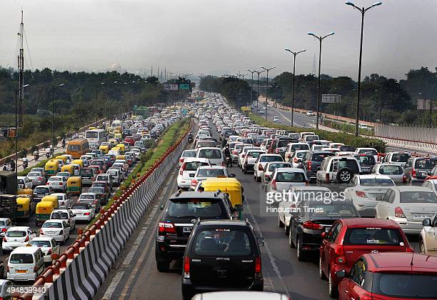Traffic jam at NH24 near Akshardham Temple due to the ongoing IndiaAfrica Forum Summit on October 29 2015 in New Delhi India Huge jams brought...