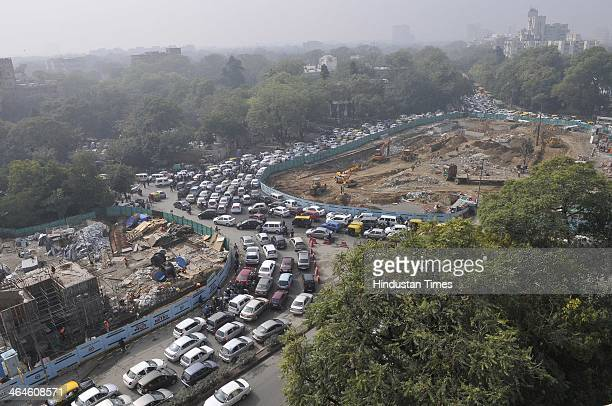 Traffic Jam during the dress rehearsal of the Republic Day parade at Mandi House on January 23 2014 in New Delhi India The parade rehearsal started...