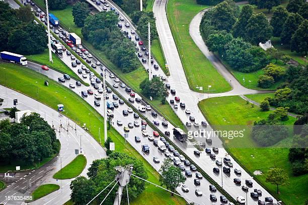 Embouteillage sous la pluie