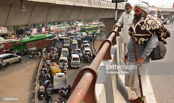 Traffic jam near Badarpur crossing as 1500 Yamuna Activists participating in Yamuna Mukti Yatra reached at Badarpur border on March 11 2013 in New...