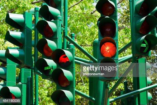 Luz de tráfego em todas as combinações. : Foto de stock