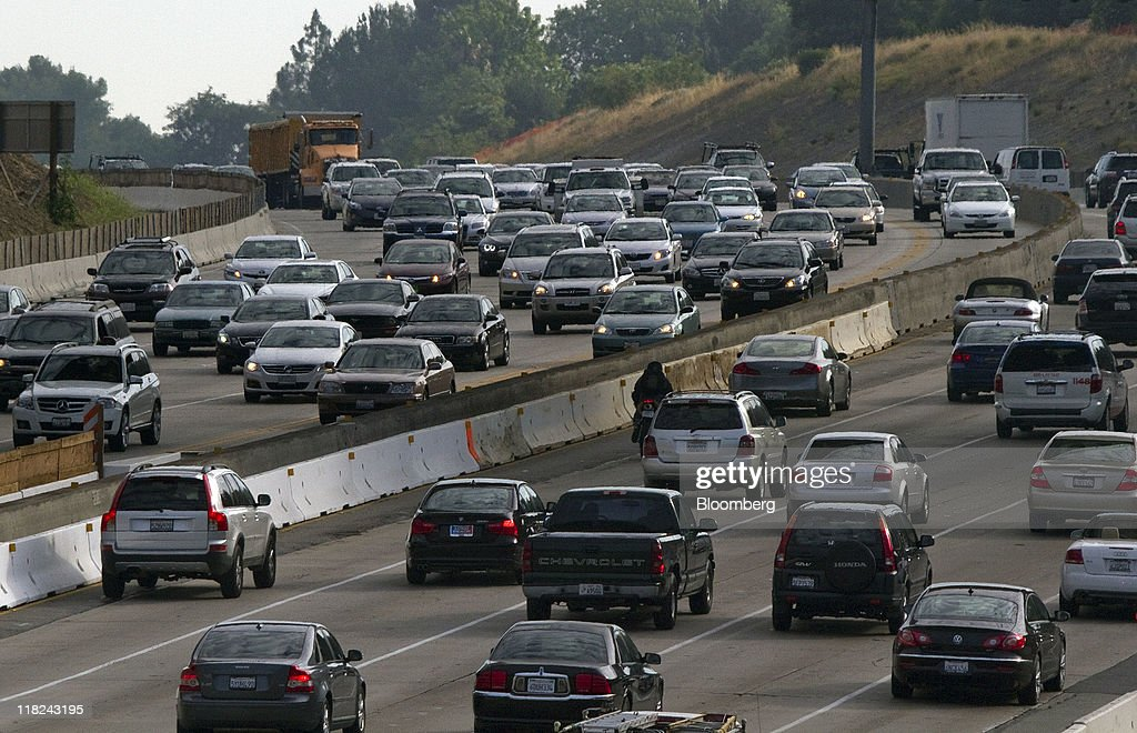 Traffic moves along interstate 405 freeway in los angeles california picture id118243195 traffic moves along interstate 405 freeway in los angeles california us on tuesday sciox Choice Image
