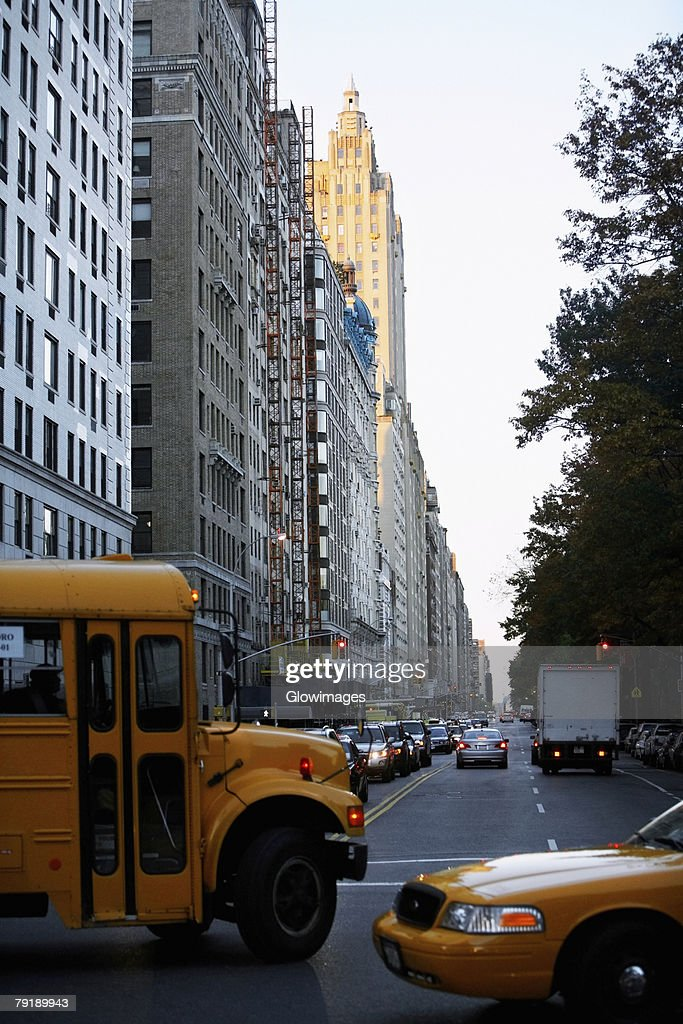 Traffic on a road, New York City, New York State, USA : Foto de stock