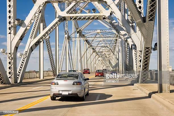 Trafic sur l'autoroute Pont américaine, Louisville, dans le Kentucky
