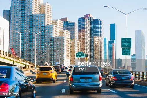 Traffic on FDR Drive, Manhattan, New York, USA