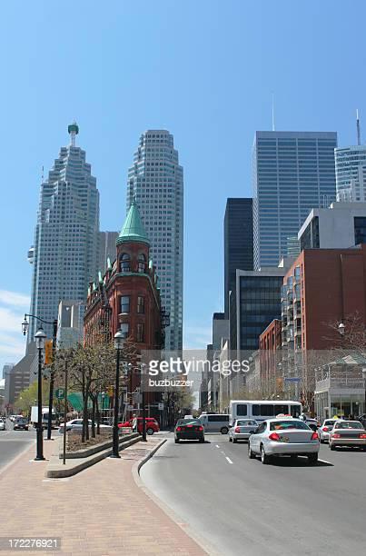 Traffic on Toronto Street