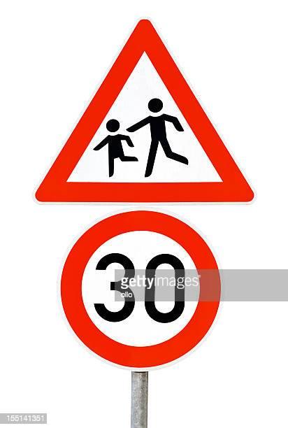 Sinal de trânsito-limite de velocidade de 30 km/h, cuidado de crianças