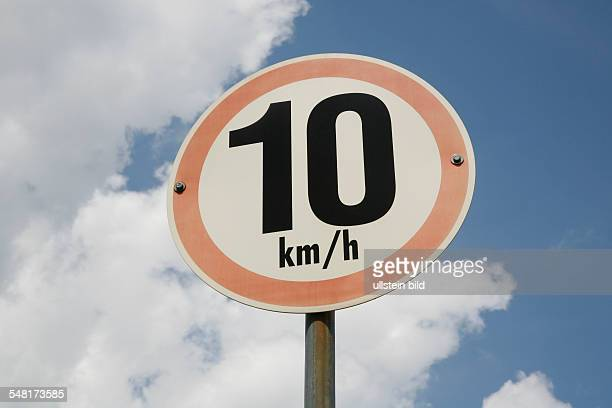traffic sign speed restriction 10 kilometers June 24 2007