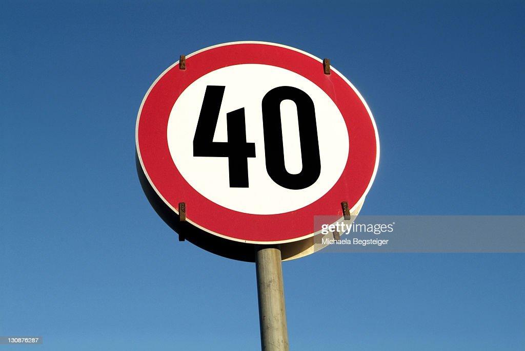 Traffic sign, speed restriction 40km|h