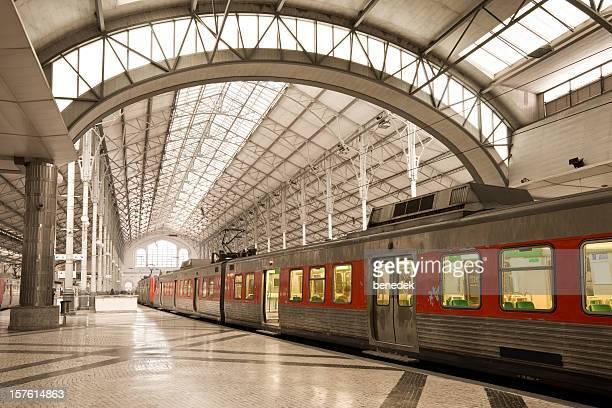 Comboio e de Estação de Ferroviária