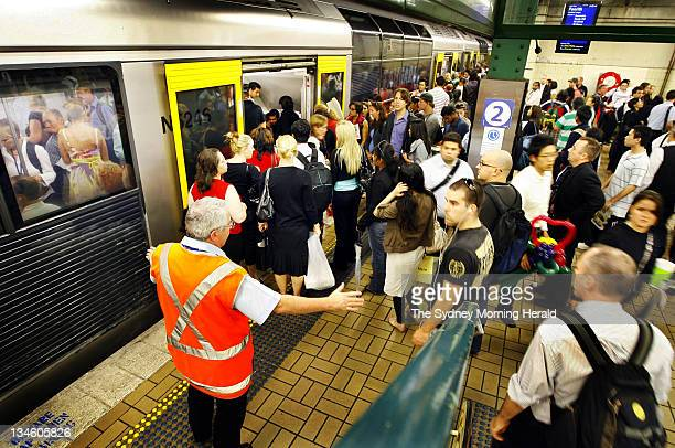 Train Chaos at Town Hall Station in peak hour 510pm Sydney 14 February 2008