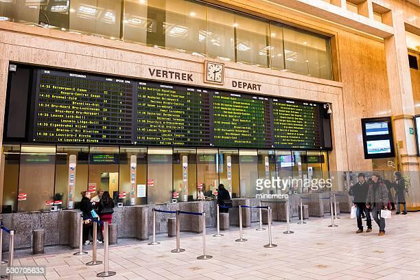 train au départ de la gare centrale de Bruxelles