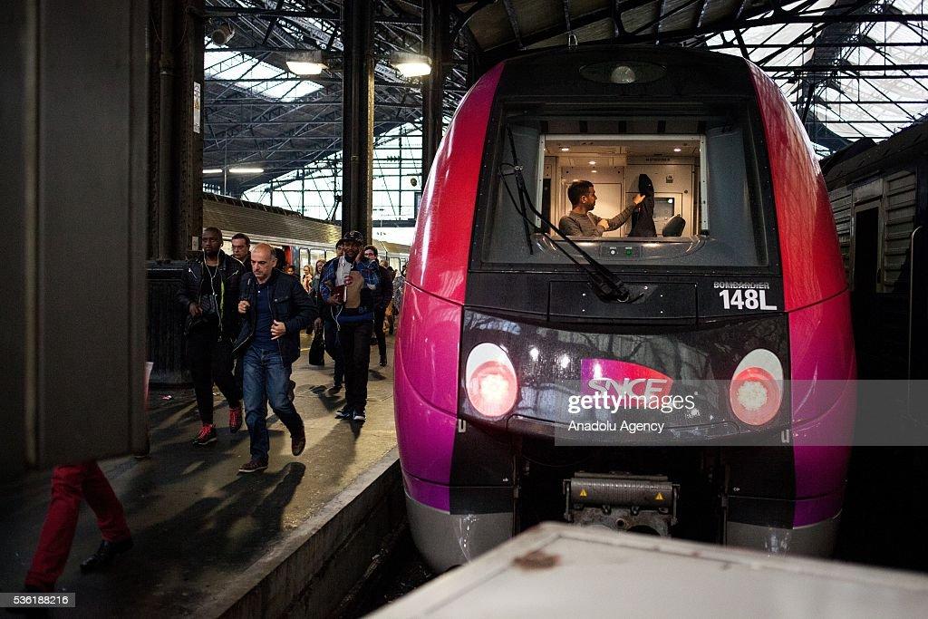 A train just arrive at Paris Saint-Lazare Train Station, Paris, France on May 31, 2016.