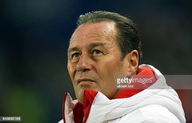 Trainer Huub Stevens Einzelbild Aktion Aktion Portrait Portraet Porträt Einzelbild Hamburger SV HSV VfB Stuttgart Bundesliga DFL Sport Fußball...