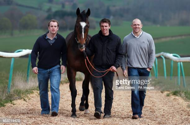 Trainer Michael Scudamore and part Owners Mike Tindall and James SimpsonDaniel with Monbeg Dude during the stable visit at Eccleswall Court RossonWye