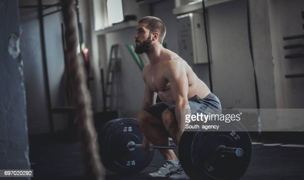 Entraînement avec poids et haltères