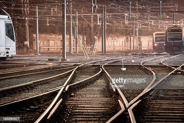 Züge bei Nacht