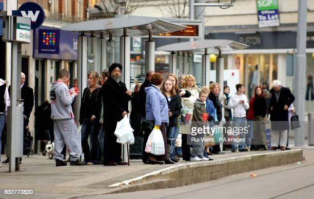 Tram queue at Nottingham City Centre PRESS ASSOCIATION Photo Monday February 19 2007 Rui Vieira/PA
