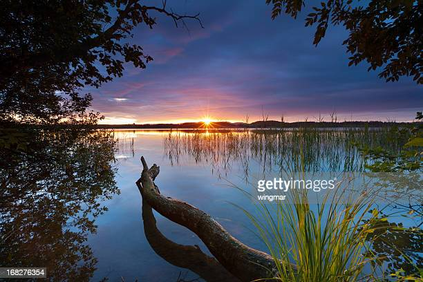 Besinnlichen Sonnenuntergang am See bannwaldsee in Bayern-Deutschland