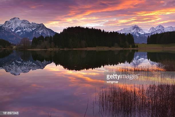 Besinnlichen Sonnenuntergang am See forgiveness in Bayern-Deutschland