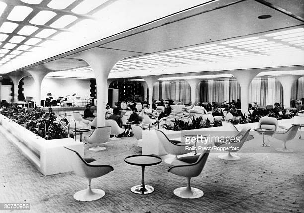 1969 A view of the luxurious Queens Room aboard the British liner 'Queen Elizabeth II' The 'Queen Elizabeth II' built at Clydebank Scotland made her...