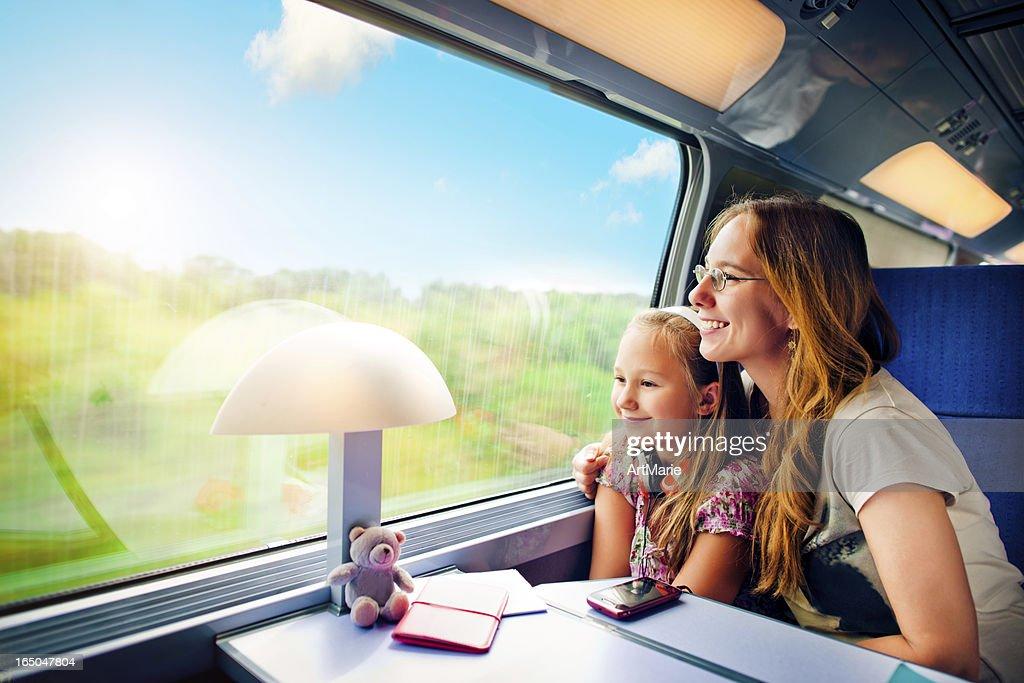 Reisen mit Zug : Stock-Foto