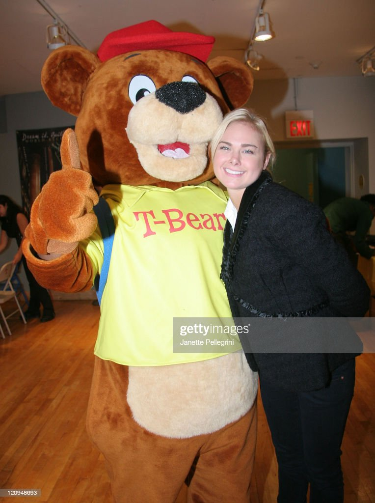 Traveling Bear T-Bear and Broadway actress Laura Bell Bundy attend the 'Traveling Bears' Books Series Debut at The Children's Museum of Manhattan on November 29, 2007 in New York City.